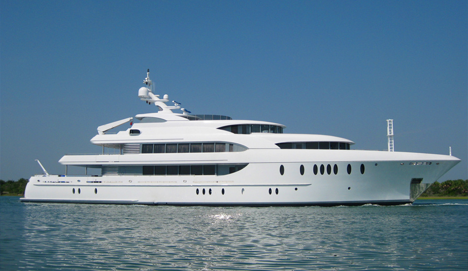 Planning to have a yacht trip? Consider renting a luxury yacht